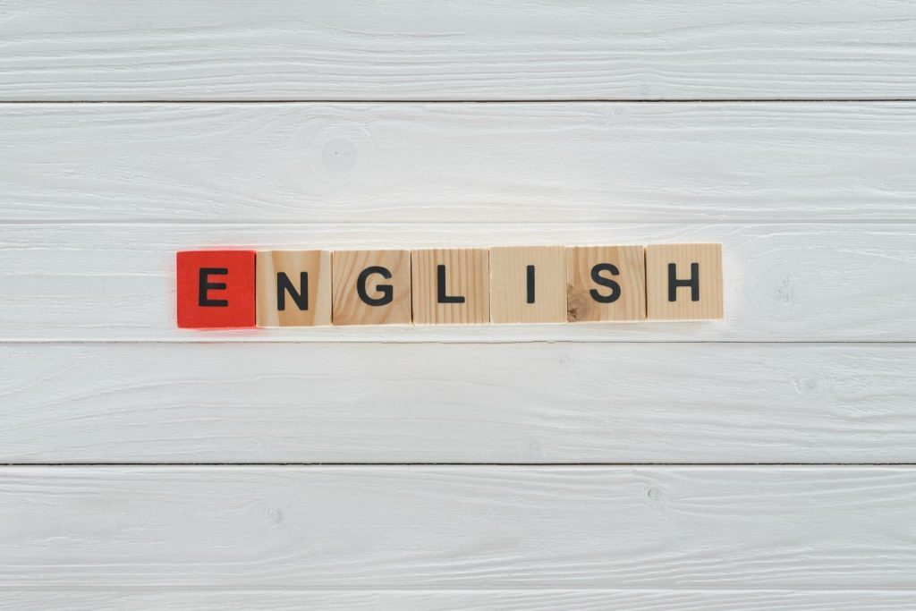 8 Effective ways to improve your English Communication Skills